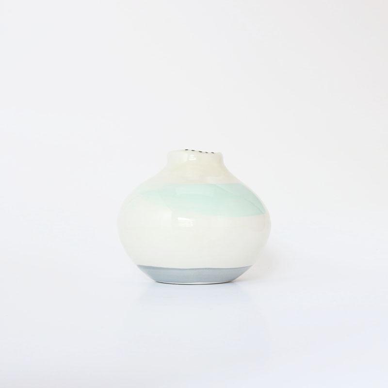 AMODO Berlin Laura Turrini Spouted Vase