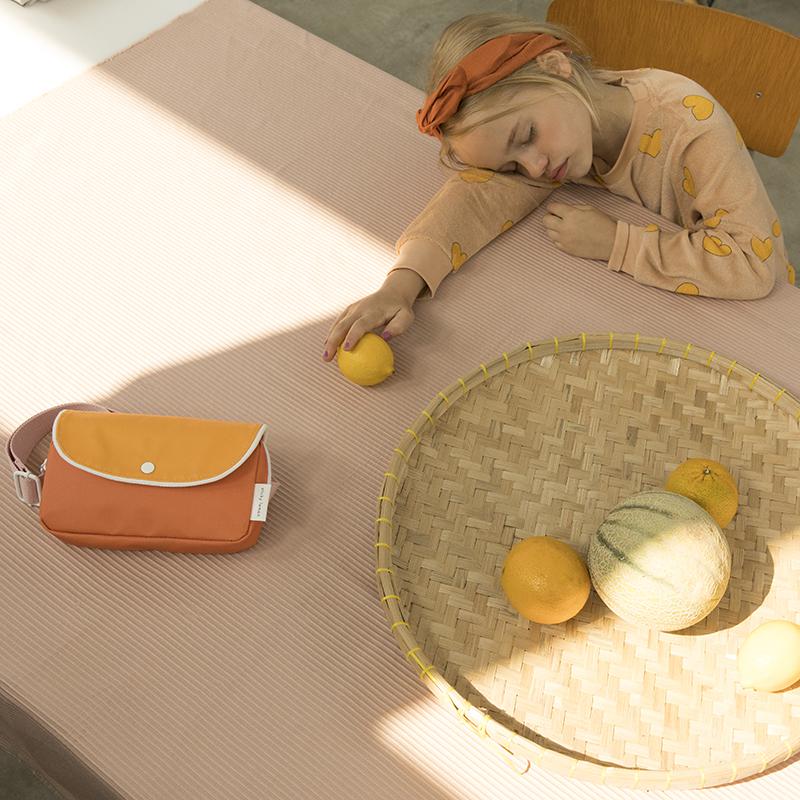 AMODO Berlin Deutschland Germany Sticky Lemon Fanny Pack Gürteltasche